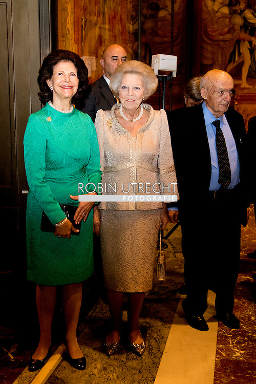 23-11-2016 ROME VATICAN CITY - Queen Silvia with Princess Beatrix of the Netherlands on Wednesday November 23 at the opening of the exhibition Rembrandt at the Vatican: Images from Heaven and Earth. Her Majesty Queen Silvia of Sweden will open the exhibition with a speech. Princess Beatrix at the opening Rembrandt exhibition in the Vatican. COPYRIGHT ROBIN UTRECHT<br /> <br /> 23-11-2016 ROME VATICANCITY - Koningin Silvia  samen met Prinses Beatrix der Nederlanden is op woensdagavond 23 november aanwezig bij de opening van de tentoonstelling Rembrandt at the Vatican: Images from Heaven and Earth. Hare Majesteit Koningin Silvia van Zweden opent de tentoonstelling met een toespraak. Prinses Beatrix is aanwezig bij opening Rembrandt tentoonstelling in Vaticaan . COPYRIGHT ROBIN UTRECHT/   NETHERLANDS ONLY