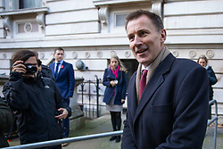 © Licensed to London News Pictures. 29/10/2018. London, UK. Foreign and Commonwealth Secretary Jeremy Hunt arriving in Downing Street for a cabinet meeting, ahead of the Chancellor of the Exchequer Philip Hammond's autumn budget statement this afternoon. Photo credit : Tom Nicholson/LNP