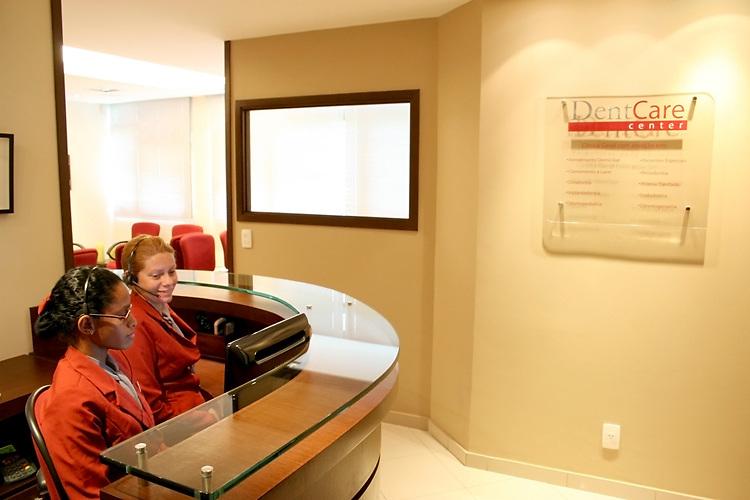 Fotos para o site e divulgação da DentCare http://www.dentcarecenter.com.br em parceria com a Agencia de Publicidade RedCafe.
