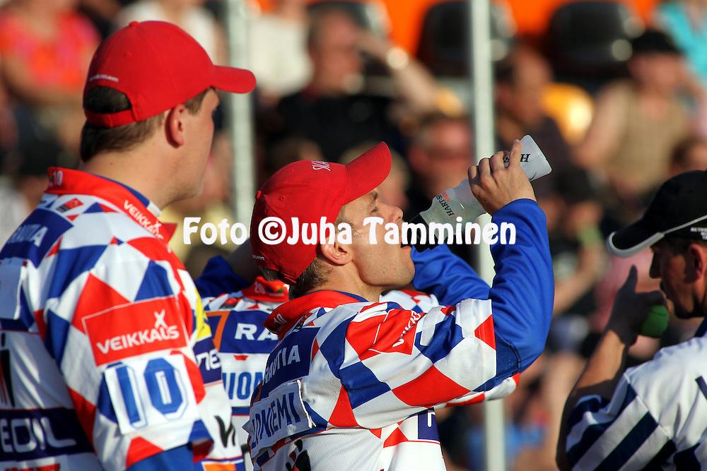 21.05.2010, Kouvola..Superpesis 2010, Kouvolan Pallonly?j?t - Nurmon Jymy..Jarkko Paloniemi - Nurmo.©Juha Tamminen.