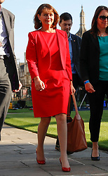 © Licensed to London News Pictures. 31/05/2017. Cambridge, UK.  Leader of Plaid Cymru LEANNE WOOD arrives at Senate House in Cambridge ahead of a leaders debate on BBC one. Recent polls have show a closing in the gap between the Labour Party and Conservative Party, in what was expected to be a landslide general election victory for the Conservatives. Photo credit: Peter Macdiarmid/LNP