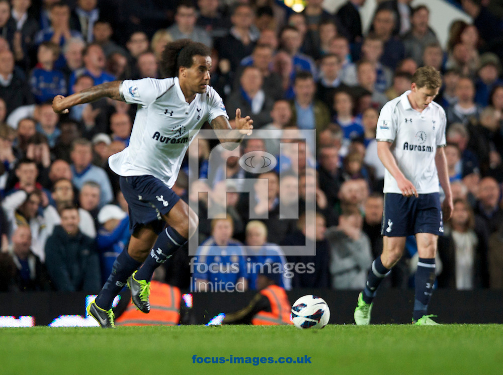 Picture by Alan Stanford/Focus Images Ltd +44 7915 056117.08/05/2013.Tom Huddlestone of Tottenham Hotspur comes away with the ball  during the Barclays Premier League match at Stamford Bridge, London..