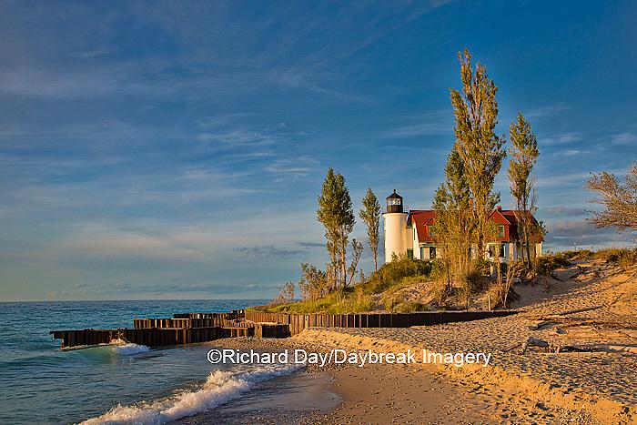 64795-00820 Point Betsie Lighthouse on Lake Michigan, Benzie County, Frankfort, MI