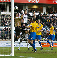 Photo: Steve Bond/Richard Lane Photography. Derby County v Crystal Palace. Coca Cola Championship. 06/12/2008. Luke Varney (CL) heads the equaliser as keeper  Julian Speroni cannot hold onto the ball