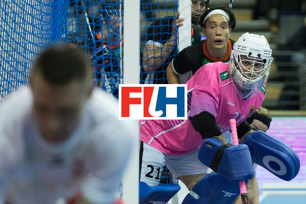 Hockey, Seizoen 2017-2018, 08-02-2018, Berlijn,  Max-Schmelling Halle, WK Zaalhockey 2018 MEN, Poland - Germany 3-6, WALTER Tobias (GK) (GER) and NGUYEN Dan (GER).