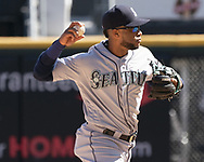 CHICAGO - APRIL 25:  Robinson Cano #22 of the Seattle Mariners fields against the Chicago White Sox on April 25, 2018 at Guaranteed Rate Field in Chicago, Illinois.  (Photo by Ron Vesely)   Subject:   Robinson Cano