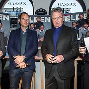 NLD/Amsterdam/20150202 - Presentatie sportblad Helden 25, Frits Barend, Frank de Boer en Guus Hiddink en Barbara Barend