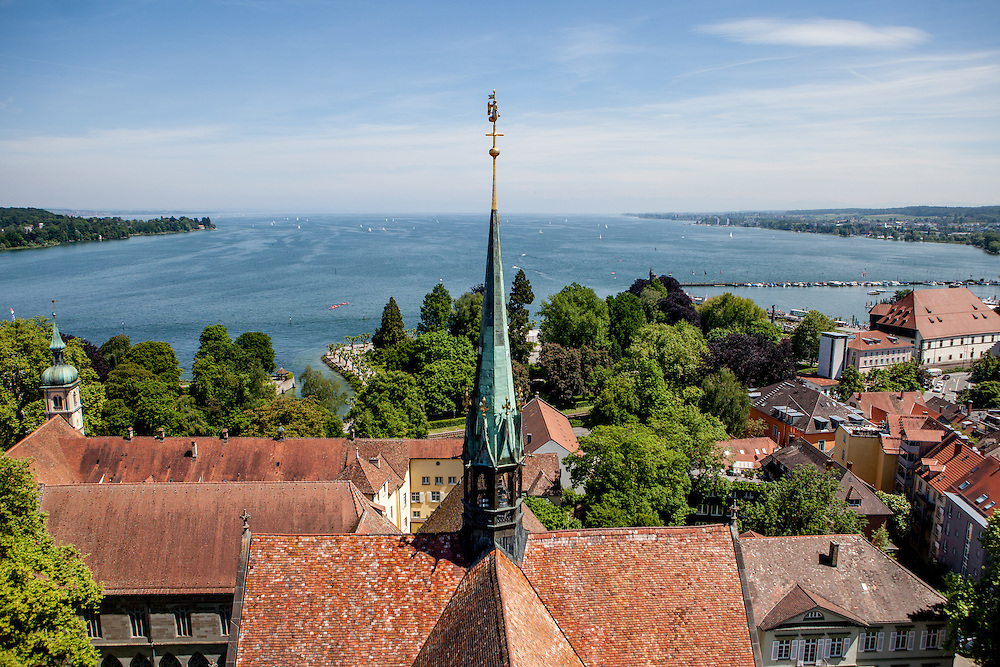 Lake Constance seen from the Minster tower (Konstanzer Münster). On the right side the Konzil house. The condemnation of Jan Hus took place on 6 July 1415, in the presence of the assembly of the Council in the Cathedral (Minster). After the High Mass and Liturgy, Hus was led into the church. The Bishop of Lodi delivered an oration on the duty of eradicating heresy; then some theses of Hus and Wycliffe and a report of his trial were read.