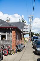 Sandune Pub in Manzanita, Oregon.