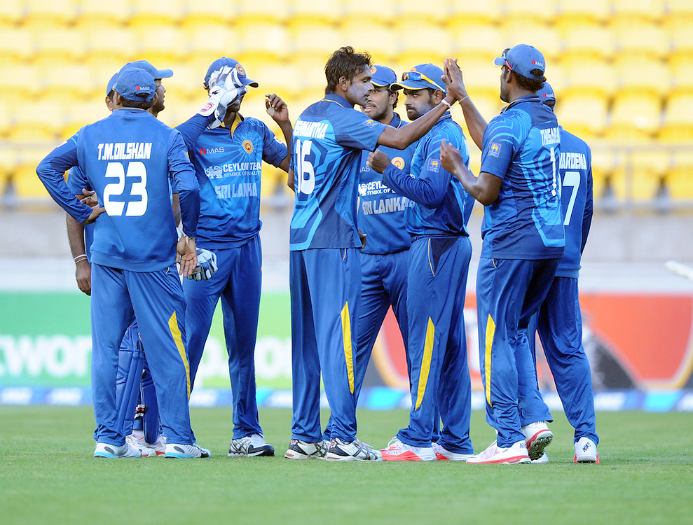 Sri Lanka's Dushmantha Chameera, centre, after dimssing New Zealand's Grant Elliott for 24 in the 7th One Day International cricket match at Westpac Stadium, New Zealand, Sunday, January 29, 2015. Credit:SNPA / Ross Setford