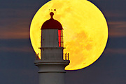 moonrise  at Split Point lighthouse