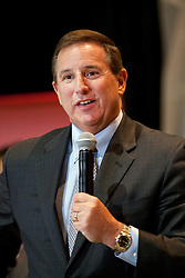 Mark Hurd,  President of Oracle Corporation, discusses Oracle's cloud computing business strategy and answers questions during a press conference at Oracle OpenWorld in San Francisco, Calif.