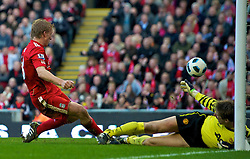 06.03.2011, Anfield Road, Liverpool, ENG, PL, Liverpool FC vs Manchester United, im Bild Liverpool's Dirk Kuyt scores his and his side's third goal against Manchester United during the Premiership match at Anfield<br /> <br /> ***NETHERLANDS ONLY***
