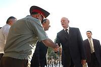 10 AUG 2003, TASCHKENT/USBEKISTAN:<br /> Peter Struck (R), SPD, Bundesverteidigungsminister, und Kadir Guljamov (M), Verteidigungsminister Usbekistan, Verteidigungsminister Usbekistan, waehrend dem Empfang mit militaerischen Ehren, Verteigungsministerium von Usbekistan<br /> IMAGE: 20030810-01-053<br /> KEYWORDS: Streitkraefte, Streitkräfte,  Tashkent, Uzbekistan