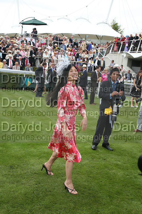 Vanessa Mae, Glorious Goodwood. 2 August 2007.  -DO NOT ARCHIVE-© Copyright Photograph by Dafydd Jones. 248 Clapham Rd. London SW9 0PZ. Tel 0207 820 0771. www.dafjones.com.