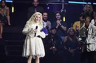 ROTTERDAM - Zara Larsson bij de uitreiking van de MTV European Music Awards (EMA) 2016 in Rotterdam Ahoy.  COPYRIGHT ROBIN UTRECHT