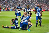 BILDET INNGÅR IKEK I FASTAVTALER. ALL NEDLASTING BLIR FAKTURERT.<br /> <br /> Fotball<br /> Tyskland<br /> Foto: imago/Digitalsport<br /> NORWAY ONLY<br /> <br /> Berlin, Deutschland, 28.08.2016: Fußball 1. Bundesliga Saison 2016/2017 - Hertha BSC - SC Freiburg. Tor 2:1. Torschütze / Torschuetze Julian Schieber (Hertha 16) jubelt mit Genki Haraguchi (Hertha 24), Per Ciljan Skjelbred (Hertha 3), Mitchell Weiser (Hertha 23)