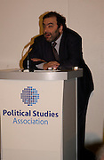Steven Kennedy, Political Studies Association Awards 2004. Institute of Directors, Pall Mall. London SW1. 30 November 2004.  ONE TIME USE ONLY - DO NOT ARCHIVE  © Copyright Photograph by Dafydd Jones 66 Stockwell Park Rd. London SW9 0DA Tel 020 7733 0108 www.dafjones.com