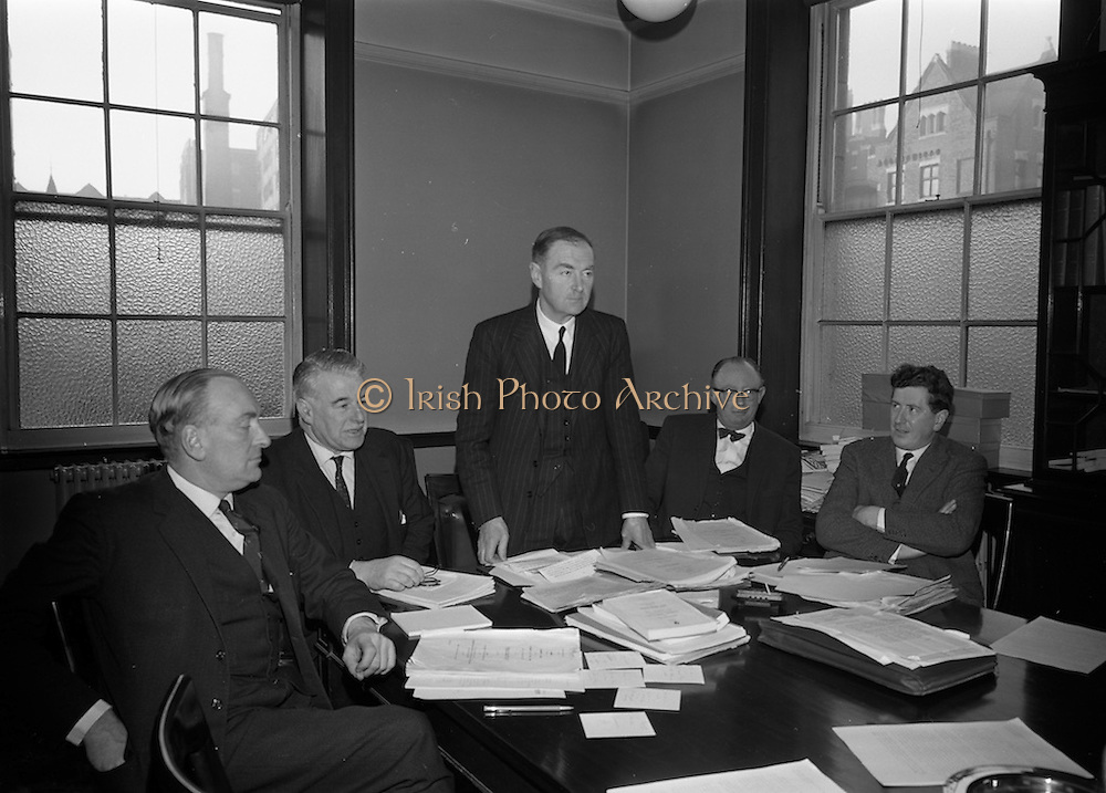 20/12/1965<br /> 12/20/1965<br /> 20 December 1965<br /> <br /> Mr. Liam Cosgrave(centre) leader of the Opposition addressing the Fine Gael Press Conference on the Anglo Irish Trade agreement at Leinster house also in the picture are L to R Mr Patrick S. Donegal spokesman on Industry and commerce; Mr. Gerard Sweetman spokesman on Agriculture; Mr. Thomas F. O'Higgins spokesman on Finance and Senator Garrett Fitzgerald