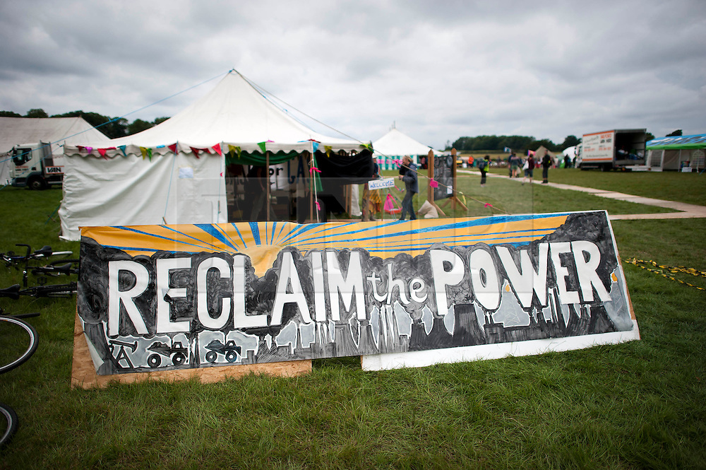 © London News Pictures. 17/08/2013. Balcombe, UK. General view of a camp site organised by campaign group No Dash For Cash in Balcombe, West Sussex which has been earmarked for fracking. Cuadrilla has temporarily ceased drilling at the site under advice from the police after campaign group No Dash For Gas threatened a weekend of civil disobedience. Photo credit: Ben Cawthra/LNP