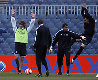 Photo: Chris Ratcliffe.<br />Chelsea Training Session. UEFA Champions League. 06/03/2006. <br />Chelsea's Hernan Crespo and John Terry jump.