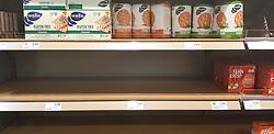 13.03.2020, Freiburg, GER, Coronavirus in Deutschland, Hamsterkauf im Supermarkt, aufgrund der Ausbreitung des Corona Virus kaufen die Menschen überdurschnittlich viel Lebesmittel und Hygieneartikel ein was zu Hamsterkäufen in den Supermärkten fürt, im Bild Brot, Knaeckebrot // during buying hamsters in the supermarket, the Due to the spread of the Corona Virus, people buy a lot of food and hygiene products, which leads to hamster purchases. in Freiburg, Germany on 2020/03/13. EXPA Pictures © 2020, PhotoCredit: EXPA/ Eibner-Pressefoto/ Fleig<br /> <br /> *****ATTENTION - OUT of GER*****