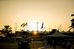 November 23, 2017 - Abu Dhabi, United Arab Emirates - Motorsports: FIA Formula One World Championship 2017, Grand Prix of Abu Dhabi, .Yas Marina Circuit, Sunset  (Credit Image: © Hoch Zwei via ZUMA Wire)
