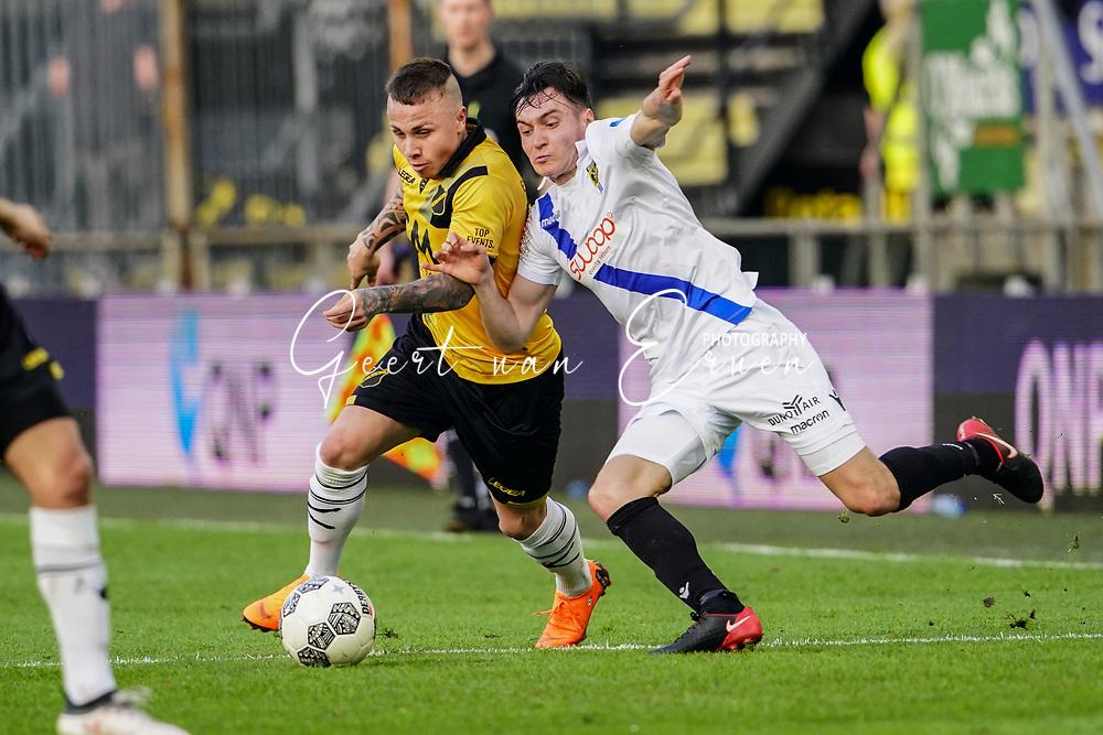 (L-R) *Jose Angel Esmoris Tasende Angelino* of NAC Breda, *Viacheslav Karavaev* of Vitesse