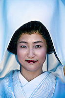 Japanese bride in traditional Shinto wedding dress, Shimogamo Shrine, Kyoto, Japan
