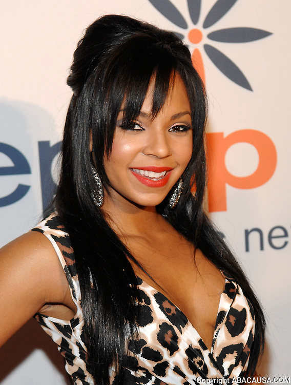 Singer Ashanti poses during the 10th Anniversary Inspiration Awards Gala at the IAC Building in New York City, USA on May 29, 2008.
