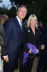 CHARLES & PANDORA DELEVINGNE at the annual Cartier Flower Show Diner held at The Physics Garden, Chelsea, London on 23rd May 2005.<br /><br />NON EXCLUSIVE - WORLD RIGHTS
