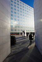 France, Paris (75), Institut du Monde Arabe de l'architecte Jean Nouvel et architecture-studio // France, paris (75), Arab World Institute by Jean Nouvel architect