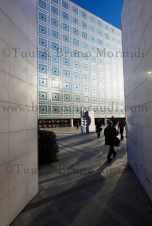 France, Paris (75), Institut du Monde Arabe de l'architecte Jean Nouvel et architecture-studio // France, paris (75), Arab World Institute by Jean Nouvel architect