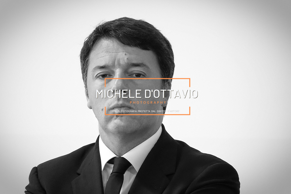 Matteo Renzi durante la visita ad alcune scuole e stabilimenti in Piemonte 14 settembre 2016