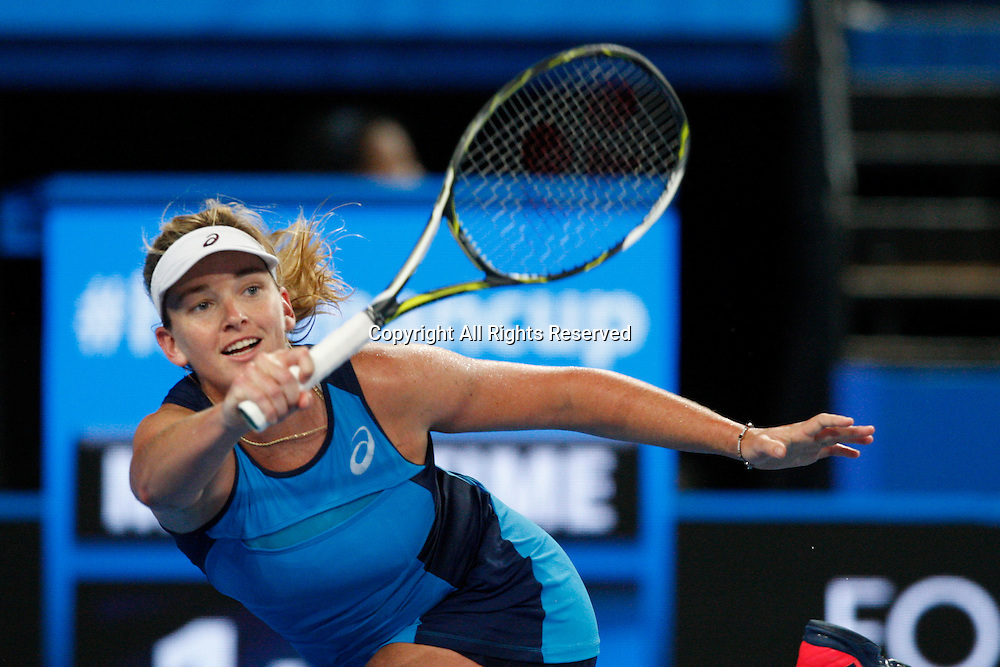 07.01.2017. Perth Arena, Perth, Australia. Mastercard Hopman Cup International Tennis tournament. Coco Vandeweghe (USA) plays a forehand shot during her match against Kristina Mladenovic (FRA). Vandeweghe won in straight sets 6-4, 5-7.