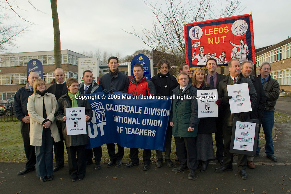 Teachers TLR protest at Hipperholme & Lightcliffe High School..© Martin Jenkinson, tel/fax 0114 258 6808 mobile 07831 189363 email martin@pressphotos.co.uk. Copyright Designs & Patents Act 1988, moral rights asserted credit required. No part of this photo to be stored, reproduced, manipulated or transmitted to third parties by any means without prior written permission