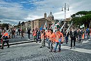 Roma 12 Novembre 2013<br /> Sciopero dei lavoratori della Metro C  per  chiedere lo sblocco, come da accordi gi&agrave; sottoscritti, con il Comune di Roma,  del pagamento dei 253 milioni dovuti al consorzio metro C. Operai  in corteo a via dei Fori Imperiali<br /> Rome November 12, 2013<br /> Strike of  workers  of the construction site subway C,  ask for the unlocking , as from undersigned accords already  with the City of Rome, of  the payment of 253 million due to the consortium  subway C. Workers march in Via dei Fori Imperiali