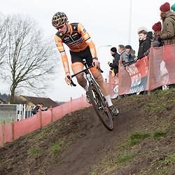 11-01-2020: Wielrennen: NK Veldrijden: Rucphen<br />Raymond van de Kruijsweg