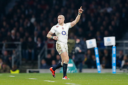 England Full Back Mike Brown gestures - Photo mandatory by-line: Rogan Thomson/JMP - 07966 386802 - 29/11/2014 - SPORT - RUGBY UNION - London, England - Twickenham Stadium - England v Australia - QBE Autumn Internationals.