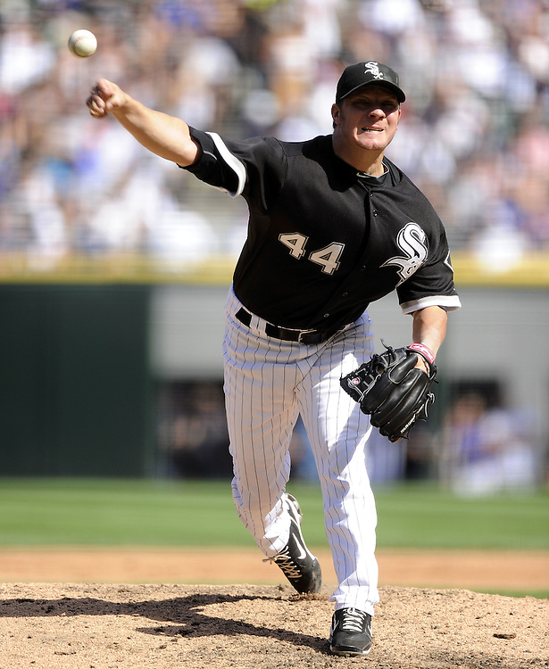 CHICAGO - JUNE 25:  Jake Peavy #44 of the Chicago White Sox pitches against the Chicago Cubs on June 25, 2010 at U.S. Cellular Field in Chicago, Illinois.  The White Sox defeated the Cubs 6-0.  (Photo by Ron Vesely)