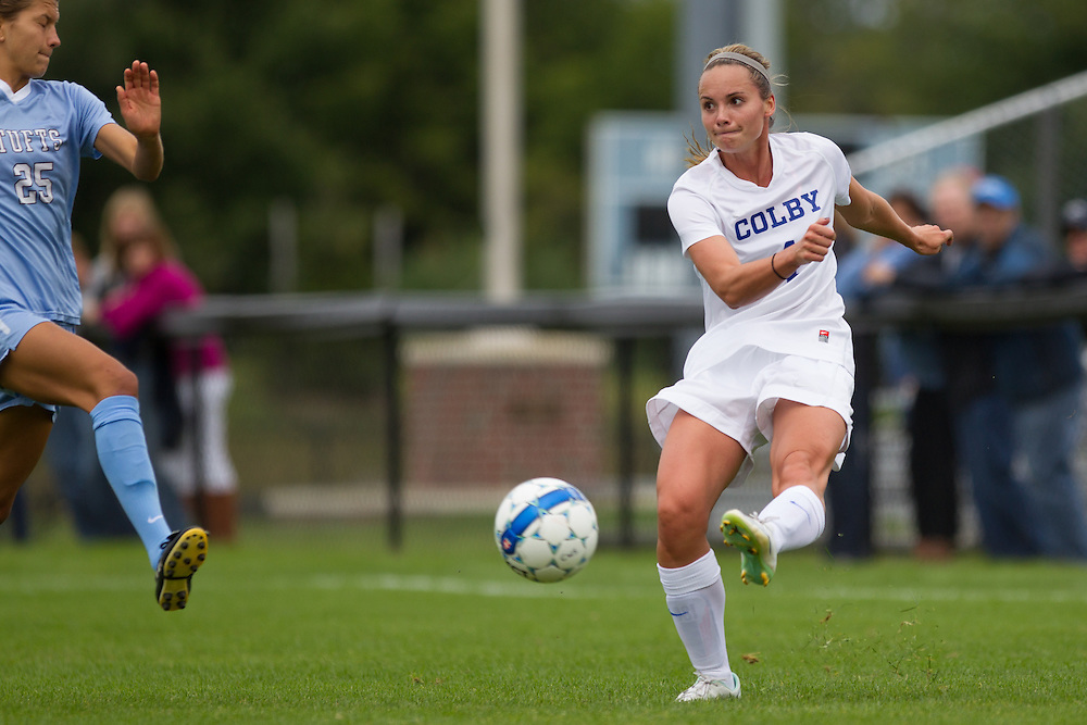 Ruthie Hawley, of Colby College, in a NCAA Division III soccer game on September 13, 2014 in Waterville, ME. (Dustin Satloff/Colby College Athletics)