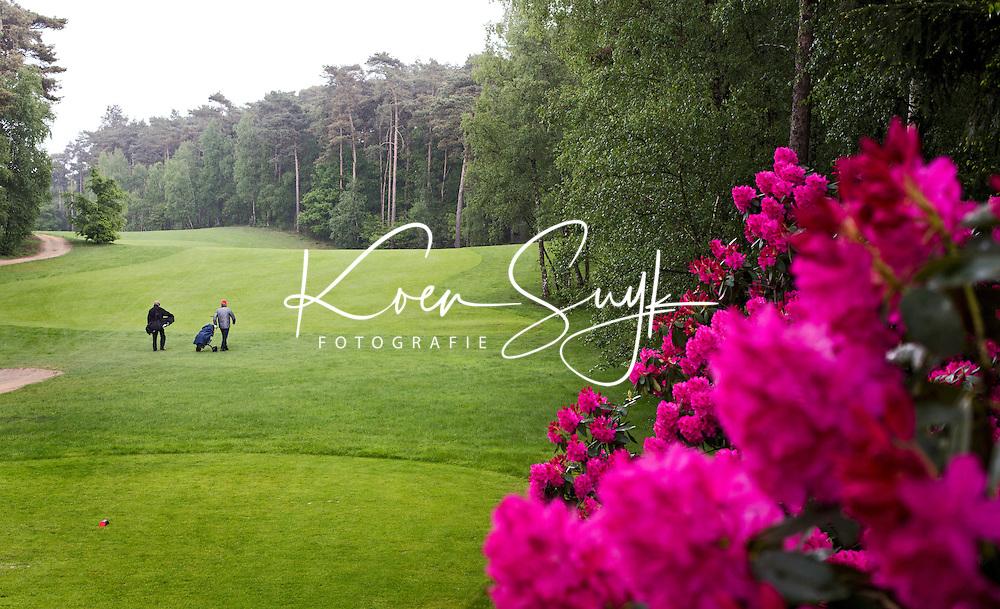 HERKENBOSCH- Hole 1 , Golfbaan Herkenbosch bij Roermond. FOTO KOEN SUYK