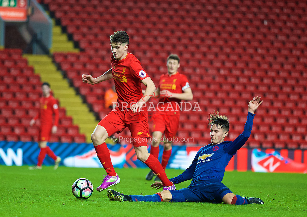 LIVERPOOL, ENGLAND - Monday, January 16, 2017: Liverpool's Sam Hart in action against Manchester United during FA Premier League 2 Division 1 Under-23 match at Anfield. (Pic by David Rawcliffe/Propaganda)