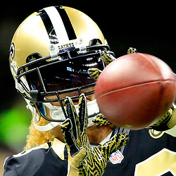 Oct 30, 2016; New Orleans, LA, USA; New Orleans Saints wide receiver Willie Snead (83) before a game against the Seattle Seahawks at the Mercedes-Benz Superdome. Mandatory Credit: Derick E. Hingle-USA TODAY Sports