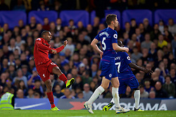 LONDON, ENGLAND - Saturday, September 29, 2018: Liverpool's Daniel Sturridge scores a late equalising goal to grab the Reds a 1-1 draw during the FA Premier League match between Chelsea FC and Liverpool FC at Stamford Bridge. (Pic by David Rawcliffe/Propaganda)