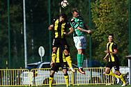 3.9.2017, Tapiolan Urheilupuisto, Espoo.<br /> Ykkönen 2017.<br /> FC Honka - Kokkolan Pallo-Veikot.<br /> Lucas Paz Kaufmann (Honka) v Konstiantyn Iaroshenko (KPV).