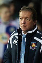 BLACKBURN, ENGLAND - Sunday, December 9, 2007: West Ham United's manager Alan Curbishley before the Premiership match against Blackburn Rovers at Ewood Park. (Photo by David Rawcliffe/Propaganda)
