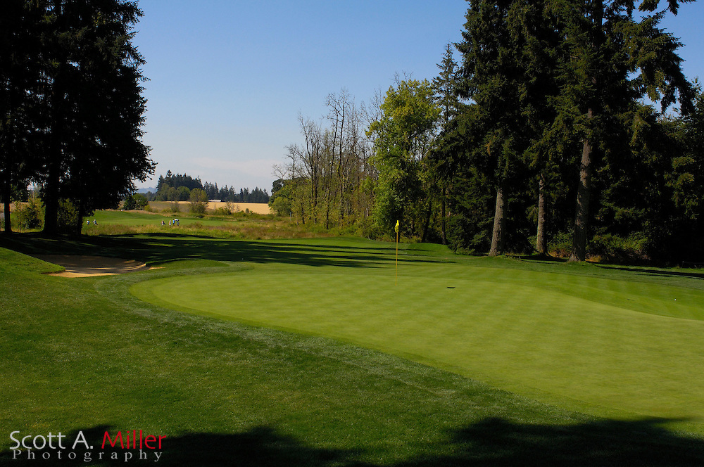 Aug. 2006; North Plains, Ore..; Hole No. 18 on the Witch Hollow Course at Pumpkin Ridge..                ©2006 Scott A. Miller