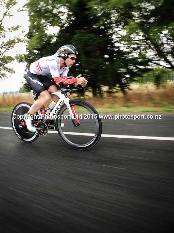 Cameron Brown on the cycle leg. Ironman New Zealand, Taupo,  New Zealand. Saturday, 07 March, 2015. Copyright photo: John Cowpland / www.photosport.co.nz