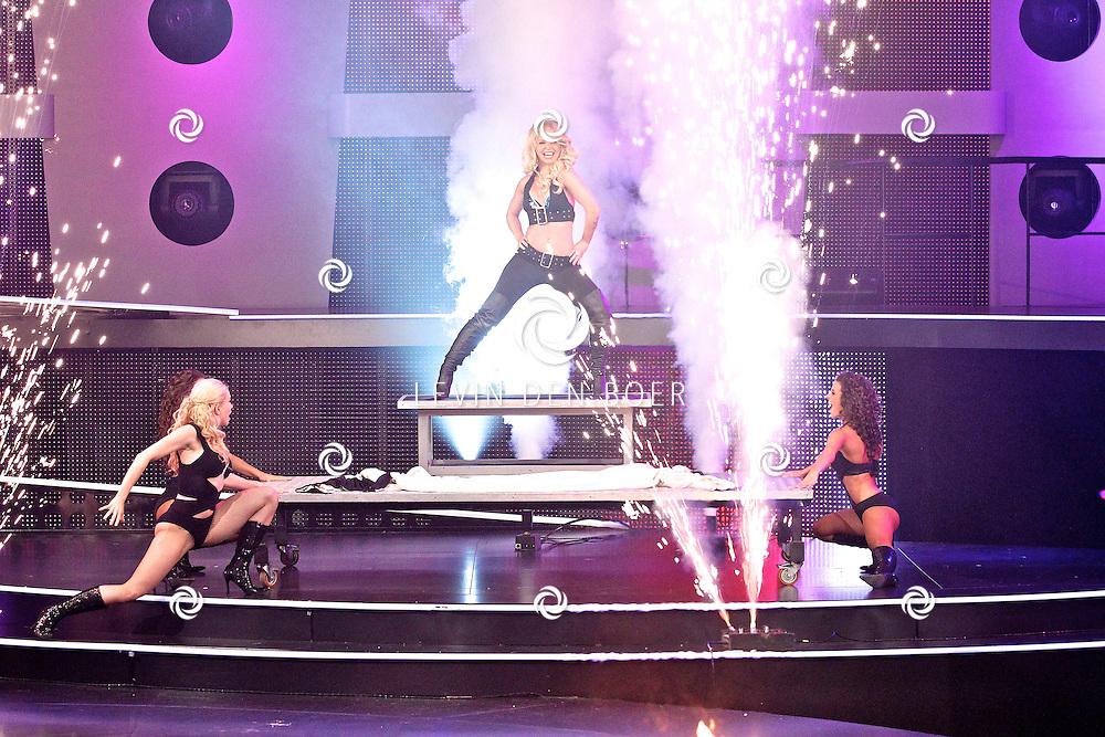 HILVERSUM - De tweede live show van Hollands Got Talent met diversen optredens. Met op deze foto  een optreden van The Angels. FOTO LEVIN DEN BOER - PERSFOTO.NU